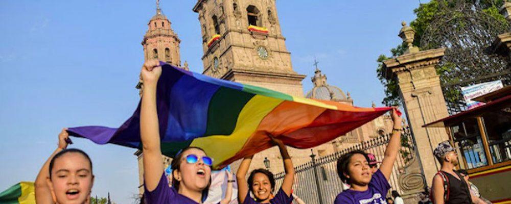 Mientras la Secretaría de Turismo de Morelia impulsa el desarrollo de servicios LGBTTTI, la Dirección de Inspección y Vigilancia los obstruye y agrede. ¿Hasta cuándo?