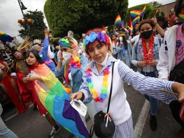 Con el Pride LGBT, Morelia se pintó de colores